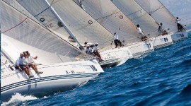 Steiner X-yachts Mediterranean Cup 2011: l&#8217;evento entra nel vivo con 5 classi in acqua. Il video della giornata